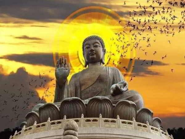 Nằm mơ thấy Phật là điềm báo gì, đánh con số nào?