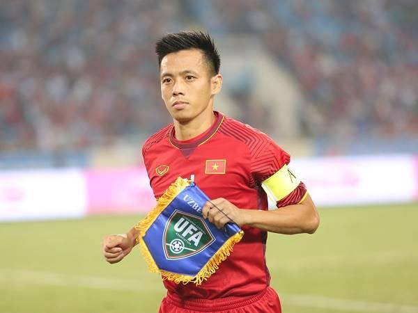 Bóng đá Việt Nam 27/11: HLV Park Hang-seo gọi lại Văn Quyết, Tấn Trường