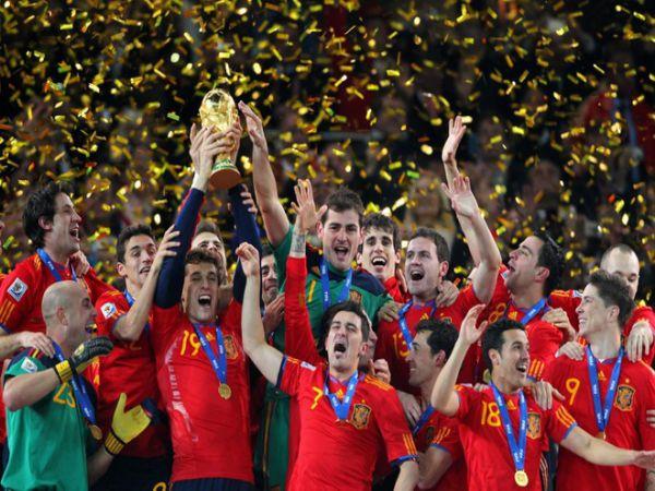 Top 10 đội bóng giàu truyền thống nhất làng túc cầu