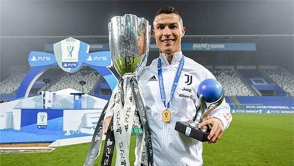Ronaldo nói với đồng đội muốn rời Juventus